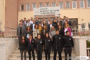 Türkiye 3.lüğünde manavgat kız teknik ve meslek lisesi